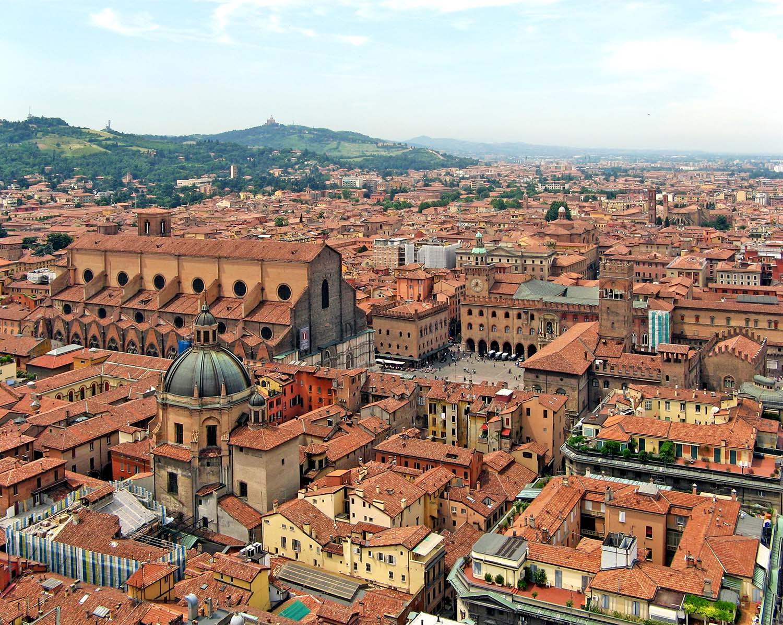 Explore Bologna's Medieval Towers