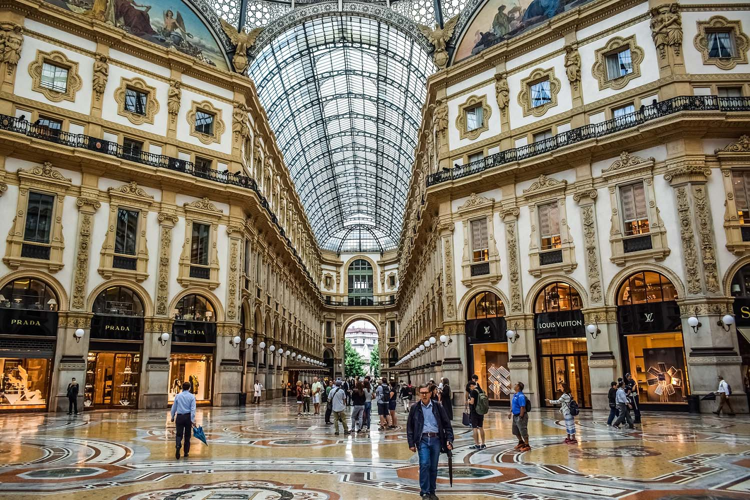 Private Shopping Experience in Milan
