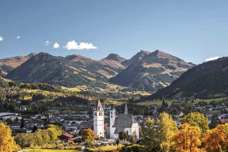 Austria-Kitzbuhel-Weisses Roessl