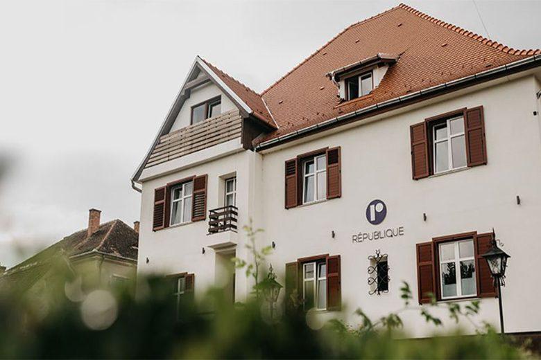Romania-Hotel Republique