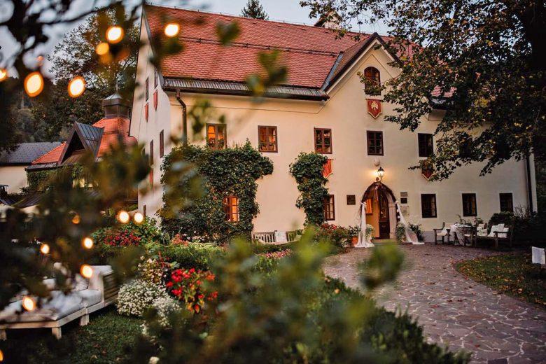 Slovenia-Hotel Kendov Dvorec