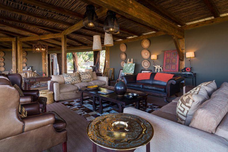 Zimbabwe_Davisons Camp Lounge